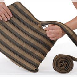 ジッパーで作られたバッグ。【zip‥it】ショルダーバッグ